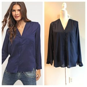 GAP Sheer Elysian blue button down shirt. Lg. NWT